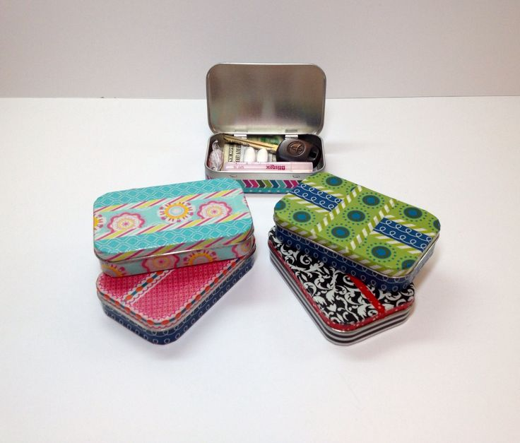Pocket Tin, Key Box, Mint Tin, Pocket Purse, Latch Key Kids, Altered Altoids Tin, Valuables Container for Backpack or Purse, Pocket Size Box by HeirloomDecor on Etsy https://www.etsy.com/listing/538352665/pocket-tin-key-box-mint-tin-pocket-purse