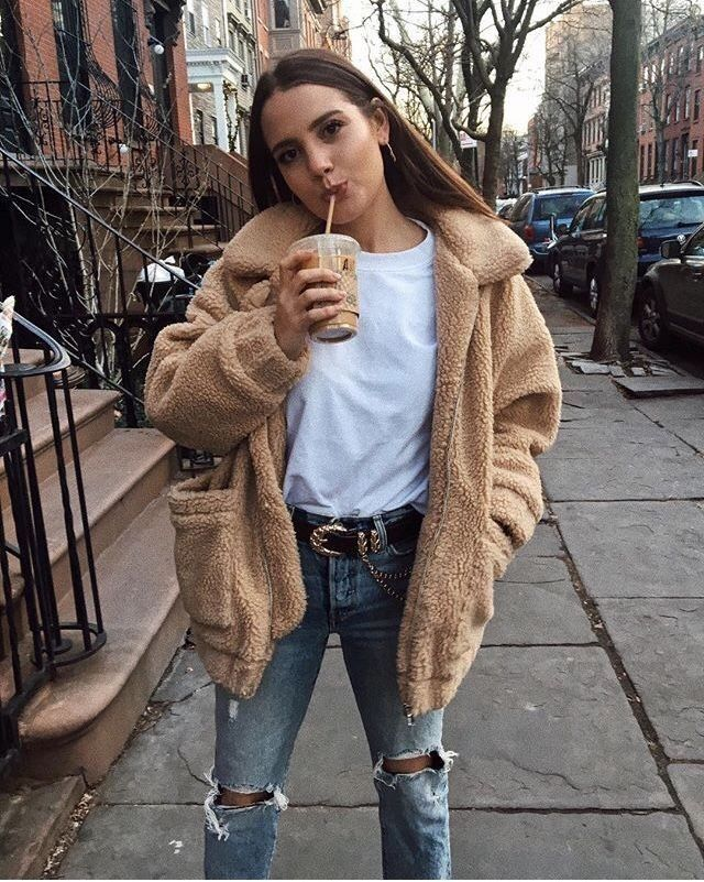 Faux fur coat   Summer work outfits, Fashion, Clothes