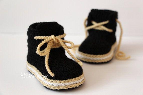 Crochet baby booties baby shoes boots sneakers от editaedituke