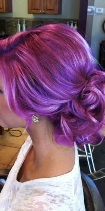 pretty purple hair, only for the bold and confident  http://www.braidedhairstyles.imniches.com/view/messy-fishtail