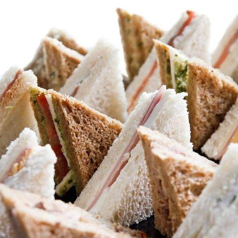 sandwiches-de-miga1-e3fad05837ba9cf70835353012528681-480-0.jpg (480×480)
