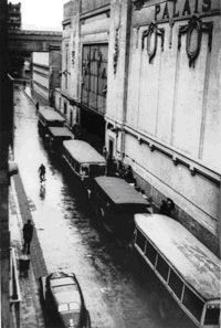 The Velodrome d'Hiver round-up took place between 16-17 July 1942 in Paris. City buses, pictured here outside the indoor stadium, transported the Jews who were rounded up from their neighborhoods to the holding center.