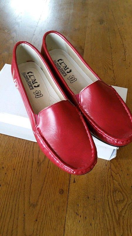 15cc19607270e Chaussures de femmes neuves - Neuf dans leur boîte marque italienne confort
