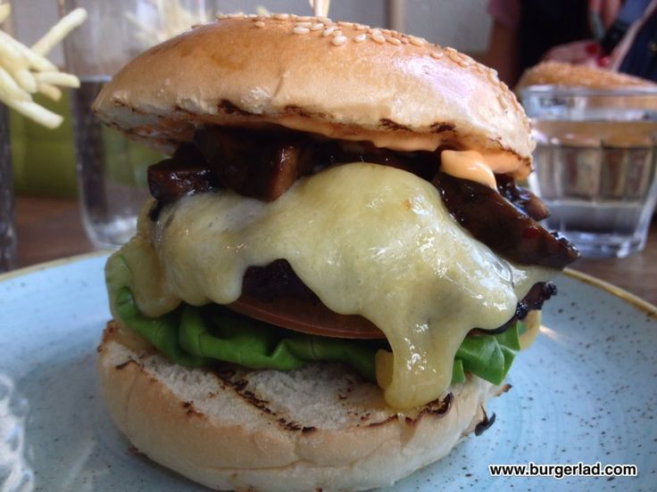 Best 25+ Gourmet burger kitchen ideas on Pinterest | Bbq recipes ...