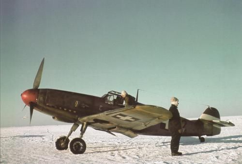 Hungarian Bf.109 pilots somewhere in Russia in WW2.