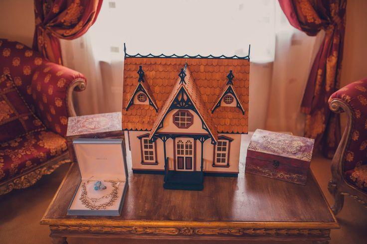Romantic Victorian Wedding  Wedding Accessories Photo Credits: Vlad Gherman Photography