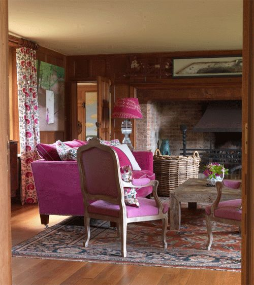 Kit Kemps Signature Style Mixes Contemporary Elements With Antiques