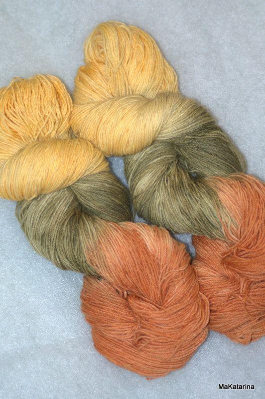 Hand dyed yarn sunflower yarn handpainted yarn by MaKatarinaCorner