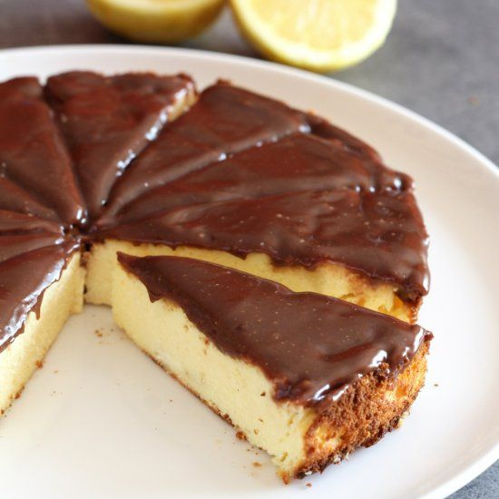 Polish traditional vienna cheesecake (cheesecake with no crust) with a hint of lemon and vanilla (in Polish, translator available).