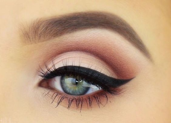 Jaclyn Hill- She just does the best eye makeup ever. I think this is from her Old Hollywood Glam video. | Beauty and makeup tutorials: