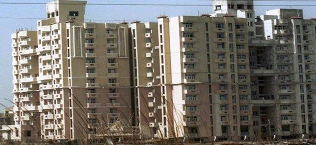 Located in the Delhi NCR, the city of Noida has witnessed a massive boom in terms of its real estate activities. Many industries have cropped up as well, with IT at the forefront and this has driven a lot of people to seek different types of properties in Noida.