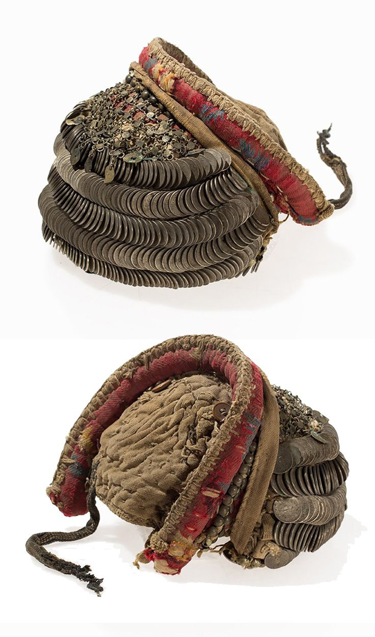 Turkey   Bedouin bonnet / headdress; fabric and adorned with six rows of iron coins and metal ornaments   ca. 19th / 20th century   Est. 800€ ~ (Jan '15)