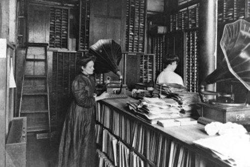 Salle des matrices de la Berliner Gram-O-Phone, Montréal 1910.