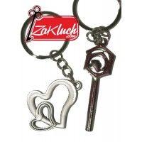 Ключодържател от две части - сърце и старинен ключ, като сърчицето е двойно