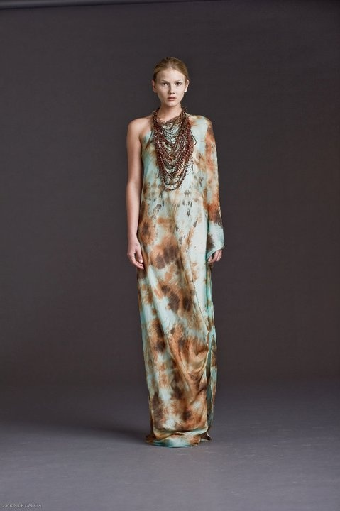COLOMBIAN FASHION DESIGNER, LOVE HER!Silvia Tcherassi Spring Summer Collection 2011 #fashion #style