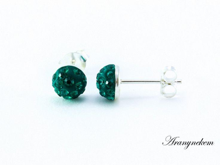 Smaragdzöld Swarovski kristályos félgömb beszúrós fülbevaló
