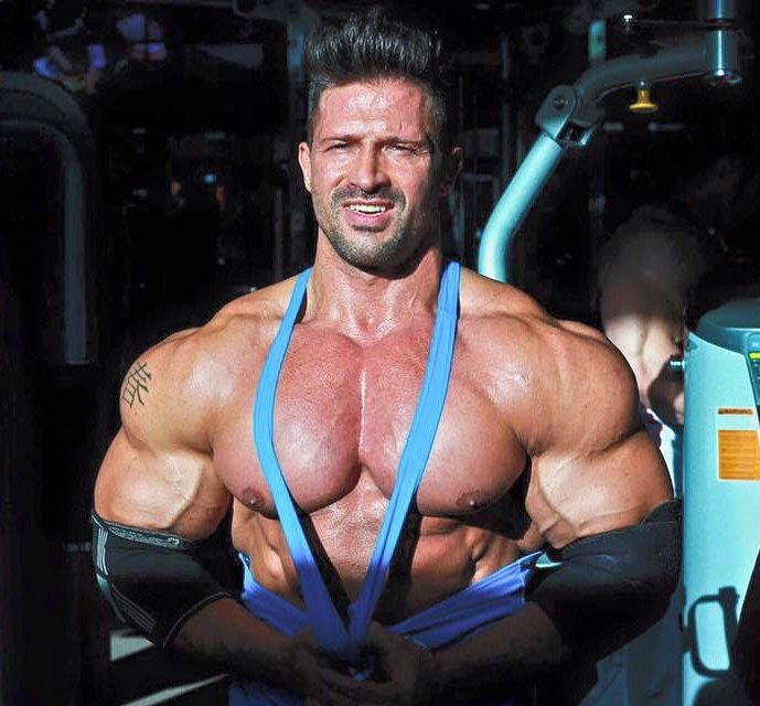 bodybuilders escort