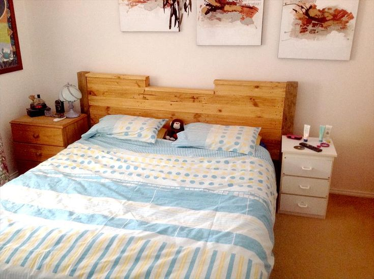 Upcycled pallet headboard with lights home pinterest for Pallet bed frame with lights pinterest