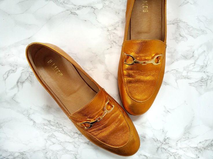 Капсульный гардероб для мамы: идеальная обувь, чтобы всегда выглядеть стильно  #лоферы #капсульныйгардероб #минимализм #гардеробмолодоймамы #стильнаямама #гардеробминималиста #осеннийгардероб #весеннийгардероб #italianloafer #капсуланавесну #стиль #трендыосени #обувьдлямолодоймамы #guccidupe #стильнаяобувь #goldenloafers #золотыелоферы #metallicloafers #цветметаллик #базовыйгардероб #гардеробнаосень