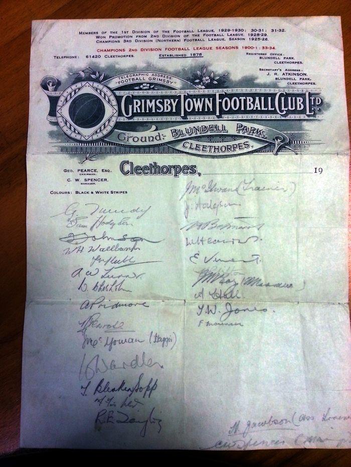 Grimsby Town FC memorabilia collector - my grandad's signature - Eddie Vincent.