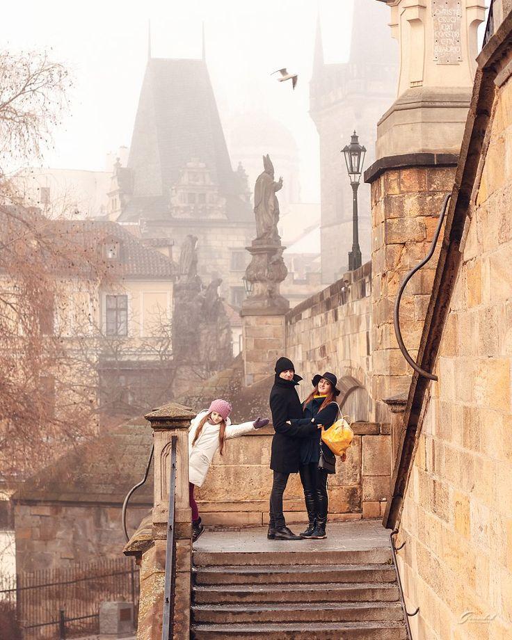 Семейные фотопрогулки в Праге❤️ За подробной информацией обращайтесь: ✅директ @alenagurenchuk +420608916324(WhatsApp/Viber) ✉alena.gurenchuk@gmail.com alenagurenchuk.com/pages/contact/ ~~~~~ Фотография в категории: #alenagurenchuk_family ~~~~~ #alenagurenchuk #photographerprague #photographerinprague #prague #praguephotographer #lovestoryinprague #photoinprague #фотопрогулкапопраге #фотосессиявпраге #Прага #фотографвпраге #фотографпрага #фотографвчехии #лавсторивпраге #фотосессияпрага…