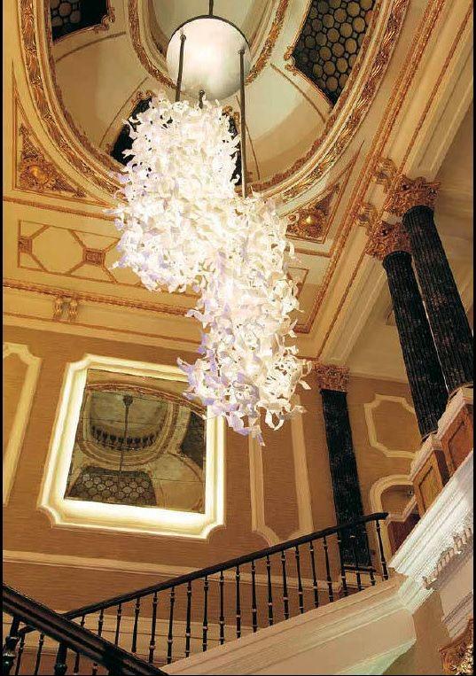50 St. James, London #chandelier #murano #andromeda #andromedamurano #nastro #architecture #interior #design #luxury #hotel