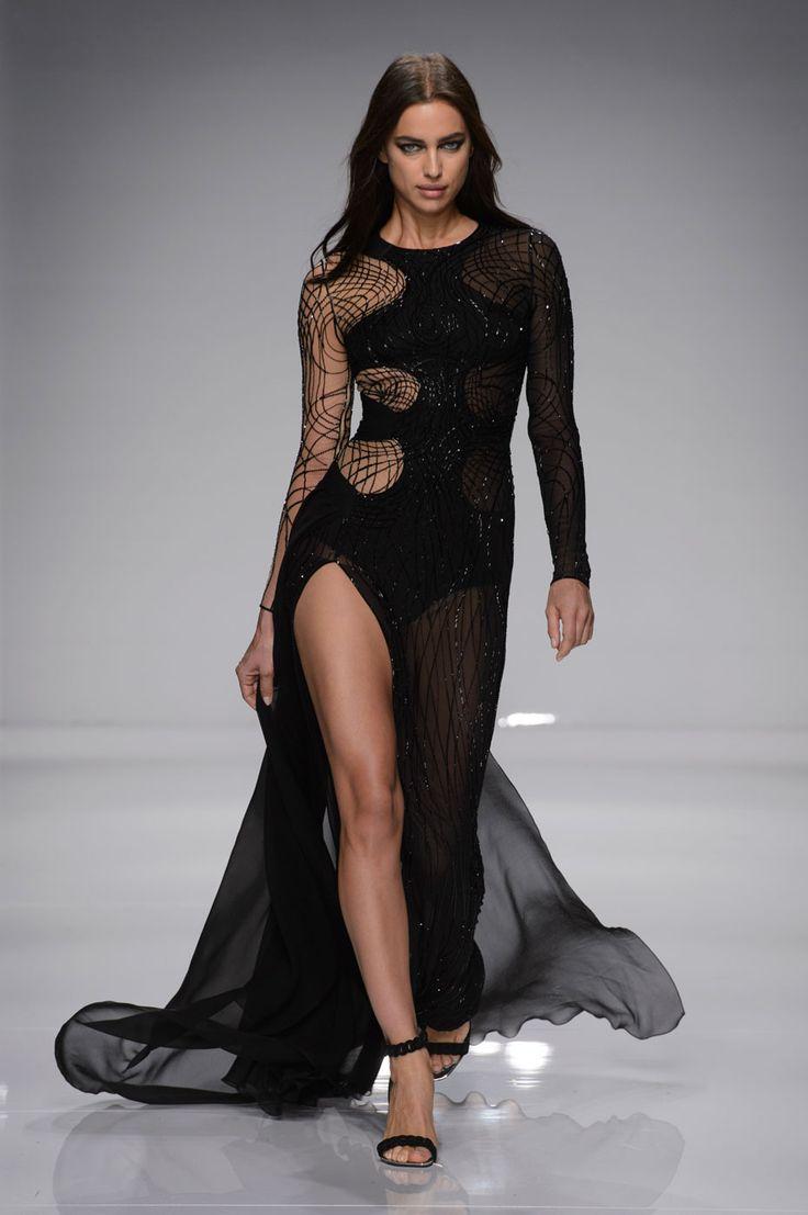 Irina Shayk - Atelier Versace couture spring/summer 2016  - HarpersBAZAAR.co.uk