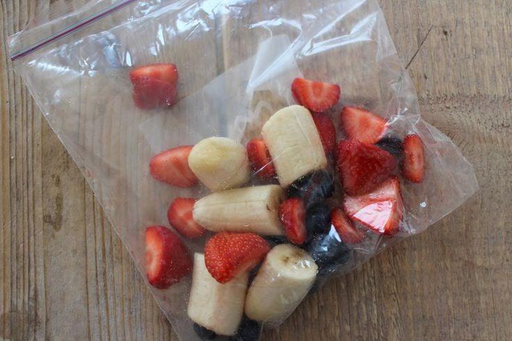 Smoothies, wij vinden ze echt heerlijk! Alleen het bereiden van een smoothie hebben wij niet altijd zin in. Je moet namelijk eerst het fruit…