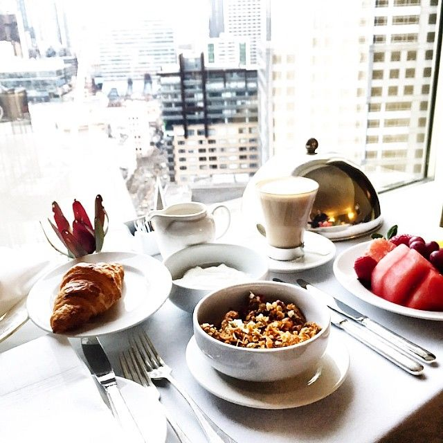 What's better than brunch? Brunch with sweeping views of the city from your room at Grand Hyatt Melbourne. Photo by Madeleine Smith of @thestylesmith_.