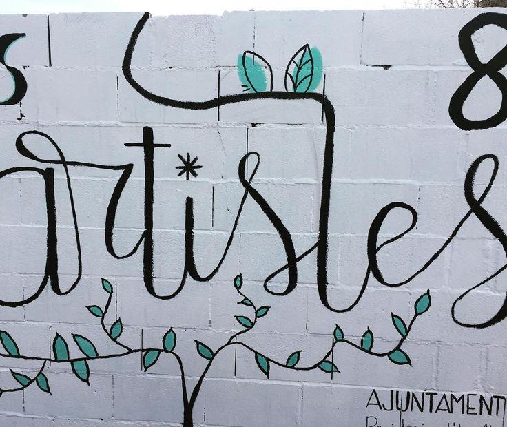 No tengo mucho tiempo voy a tope esta semana pero me muero de ganas de enseñaros los muros que hicimos con #letteringmural y contaros a cuánta gente guapa conocimos!  #elclubdellettering #valencia #botanic #igualtatreal #fb #diainternacionaldelesdones #lettering #art #letteringstreet #artistes #artistesurbans