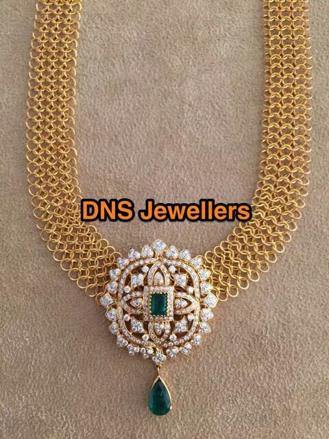 Mesh chain necklace with cz pendant