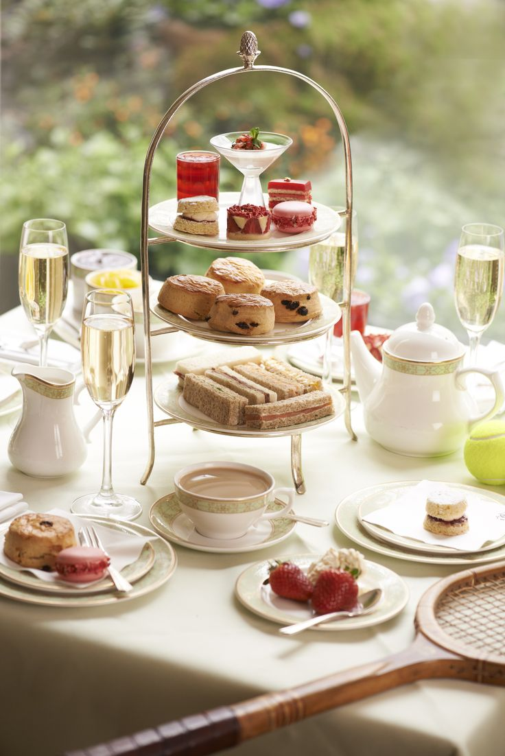 There's nothing more English than tennis and tea, so the Grosvenor House Hotel have combined the 2 for a Wimbledon themed afternoon tea menu especially for the All England Club Grand Slam. The menu features the typically English afternoon tea of sandwiches, pastries, scones and the slightly unconventional champagne jelly, all while enjoying the views of Hyde Park from the Park Room of the 5 star hotel. from 2pm-6pm priced at £34.50 per person.