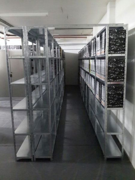 Steel shelving - New Galavanised 5 tiers units2000 x 900 x 300 R525.002000 x 900 x 330 R615.002000 x 900 x 380 R695.002000 x 900 x 450 R850....222816920