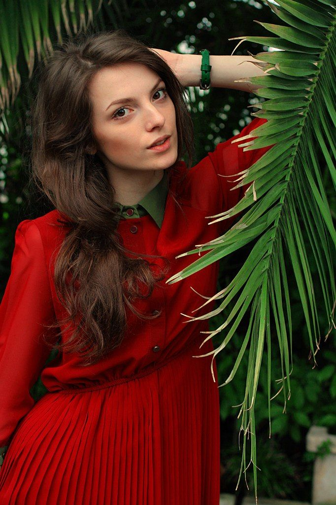 Photographer: monkey-donkey Model: Полина Сунцева  #russia #botanic #garden #tropical #red_dress #hopeshop #lookbook