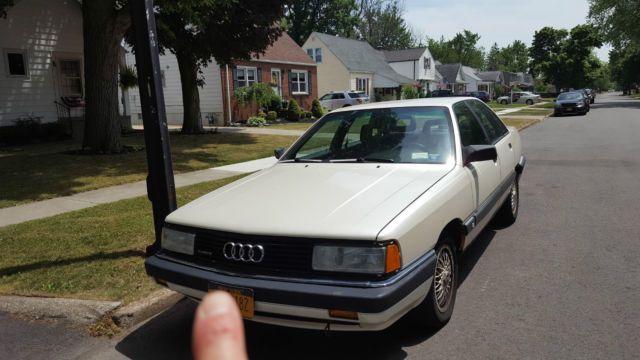 1989 Audi 200 Quattro Base Sedan 4-Door 2.2L for sale: photos, technical specifications, description