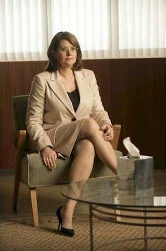 Lorraine Bracco (Dr. Jennifer Melfi) in The Sopranos (1999–2007).