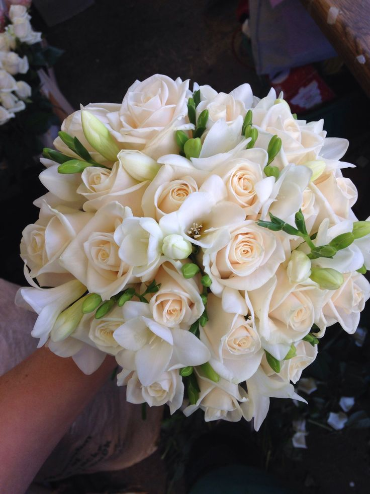 25 best ideas about freesia bouquet on pinterest freesia wedding bouquet freesia bridal. Black Bedroom Furniture Sets. Home Design Ideas