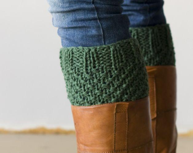 earthy colors on dawanda.com Leg warmers – Boot cuffs in green – a unique product by homelab on DaWanda