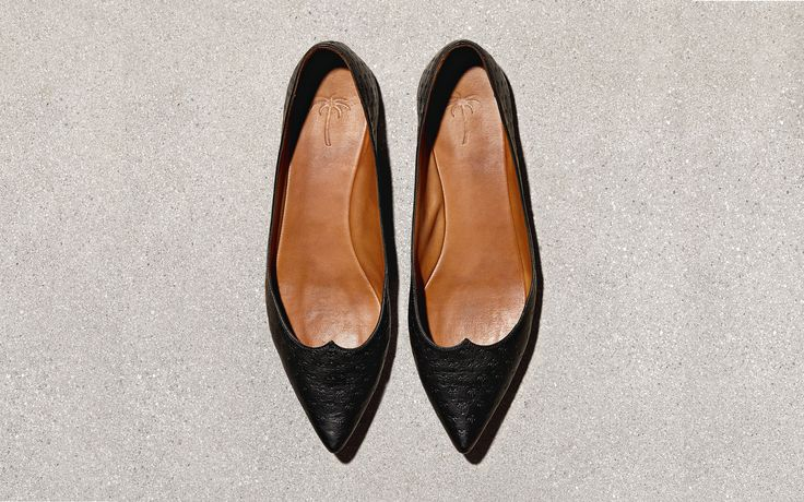 SHOES0415-tomas-maier.jpg - http://knowabouttheglow.com/travel/shoes0415-tomas-maier-jpg/