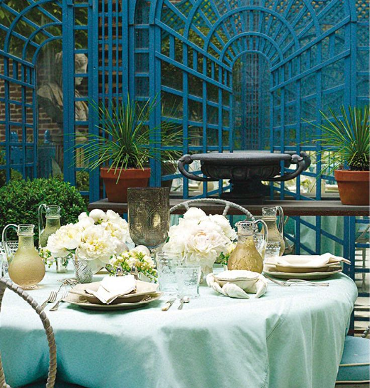 Royal Blue And Mint Green Dining Room