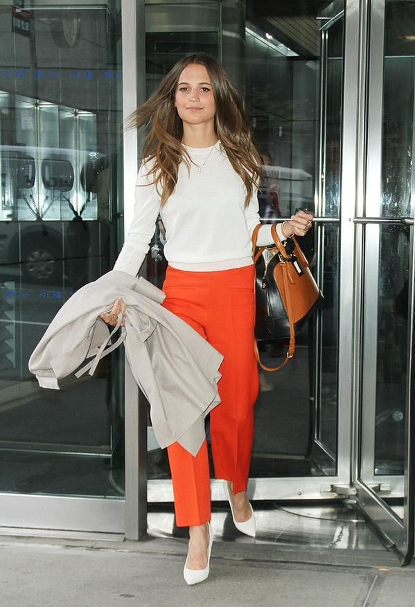 Alicia Vikander Off Duty Street Style Inspiration Alicia
