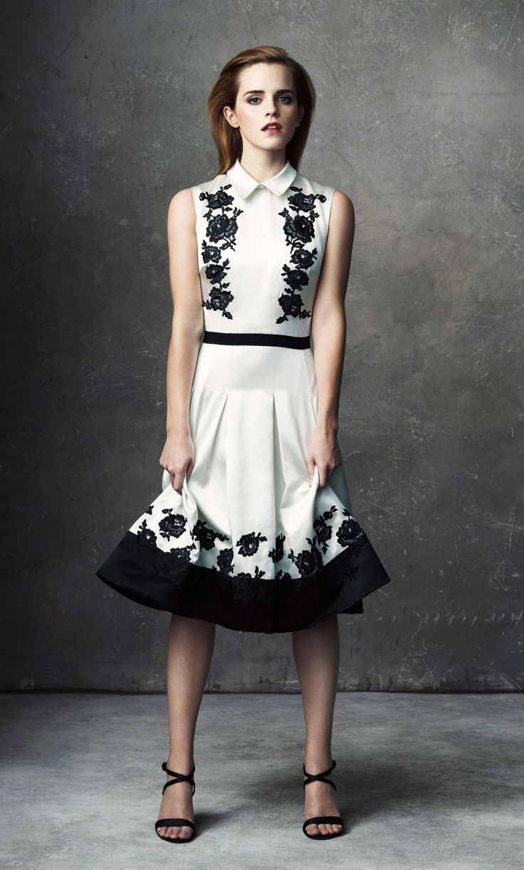 White dress emma watson - Classic White Dress With Black Embellishments