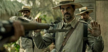 Rodolfo Sancho as Julián in the Cuban War of Independence of 1898 in Spanish TV show El Ministerio del Tiempo #spain #history #españa #mdt #timetravel #isabel #phillippines #perioddrama