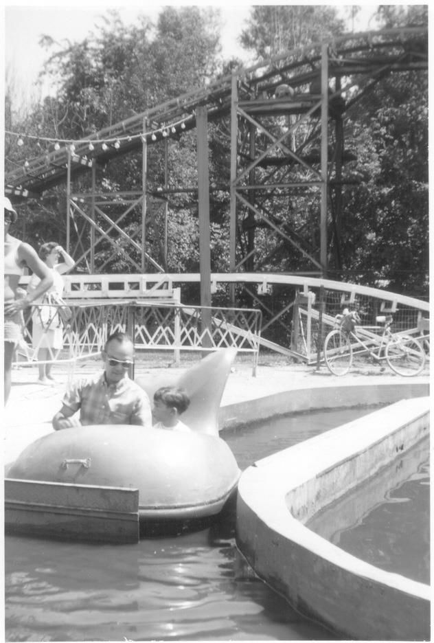 Playland Amusement Park At 79th Street And La Grange Road Willow Springs Now Justice Illinois 1950 1979 Chicago Amusement Parks Amusement Park Park