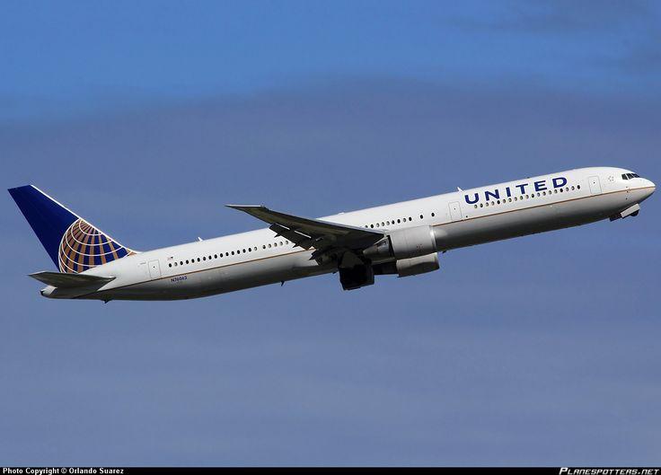 N76062 United Airlines Boeing 767-424(ER)