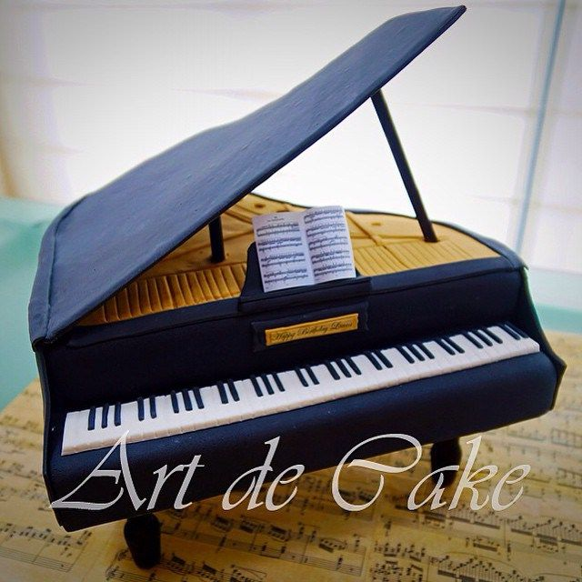 Grand Piano Cake !! For all Music lovers and cake lovers