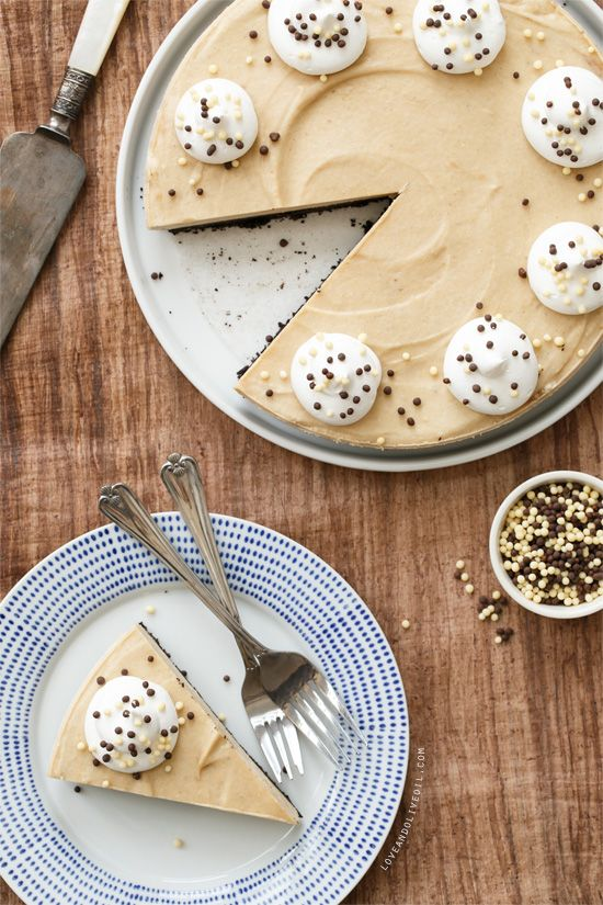 Honey Roasted Peanut Butter Banana Cream Pie from www.loveandoliveoil.com
