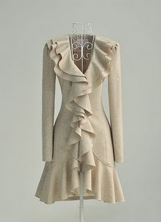 So feminine.....could be worn with jeans for a casual look or with dress pants for a more dressy look....super versatile