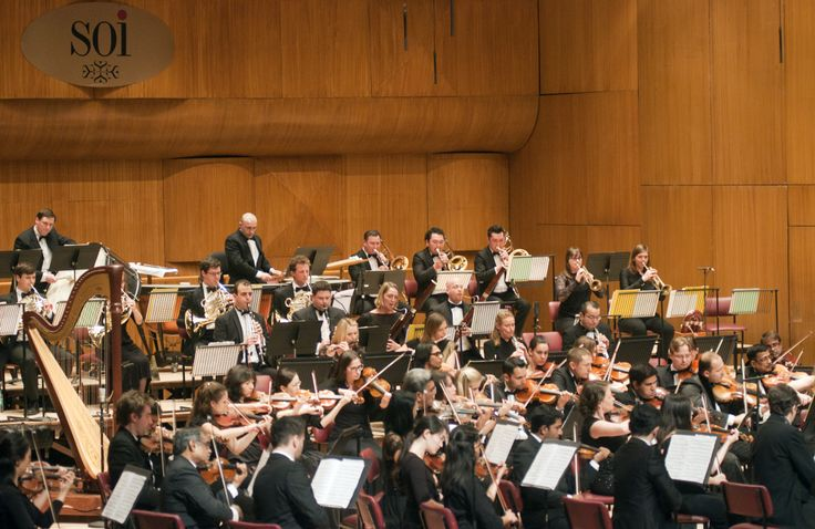 The SOI performs with conductor Mischa Damev.