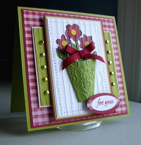 Love this vase card...and she has the template here too.